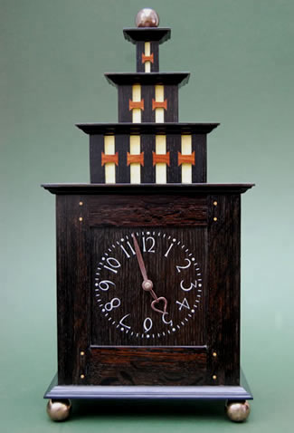 7_mantle_clock_front