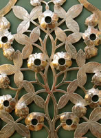 strawberry_flower_sconce_3